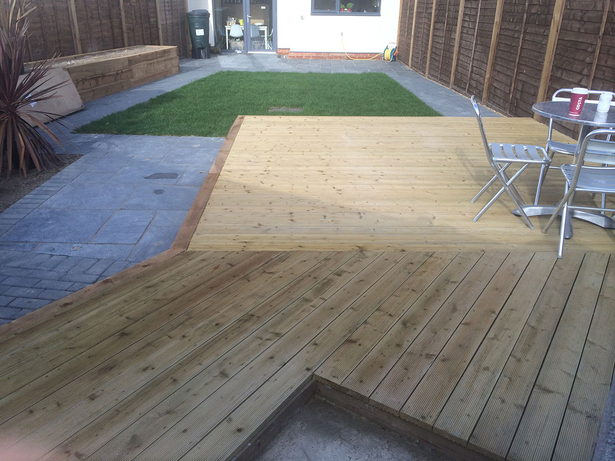 Bespoke garden decking solutions