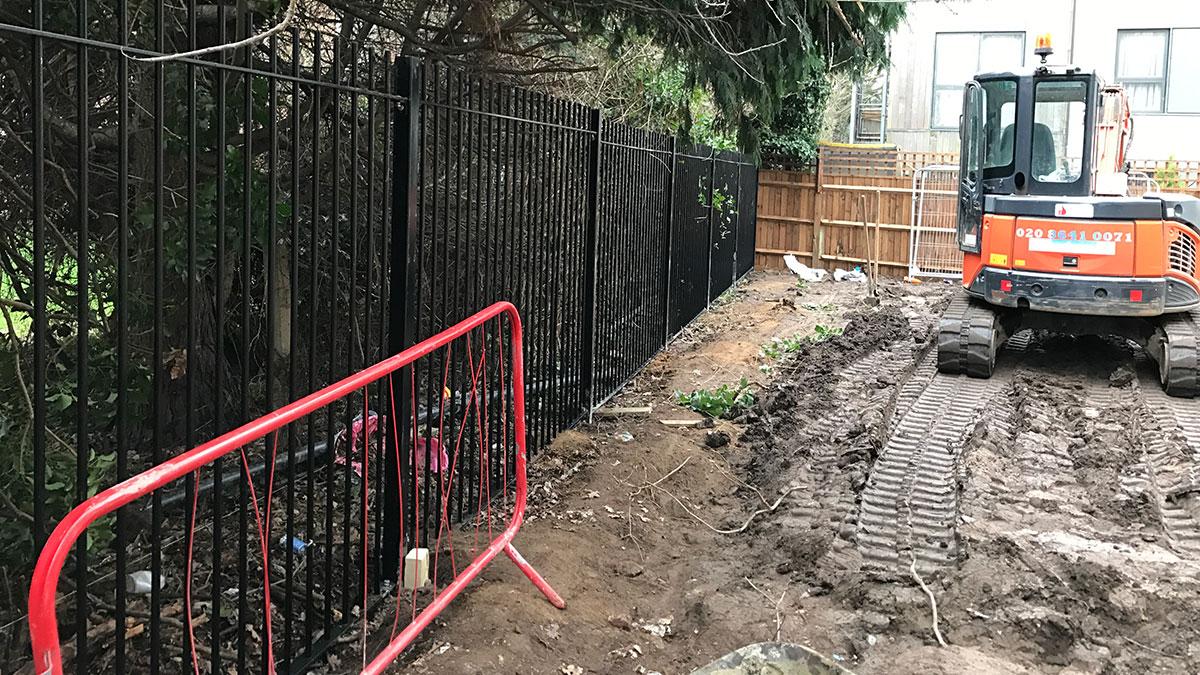 Metal railing fencing